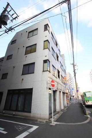 青山ビルの画像