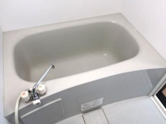 【浴室】トーマス津波古