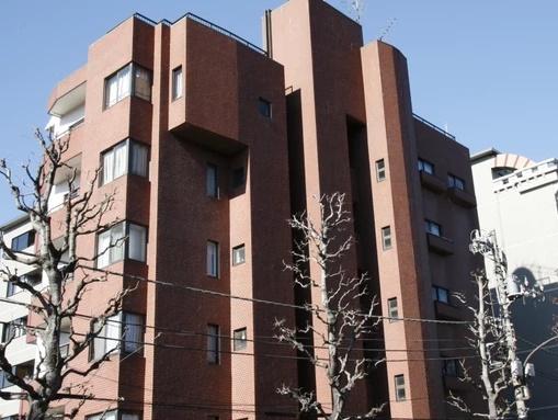 5階部分の南西向き角部屋 最寄り駅徒歩8分 新規内装リノベーション