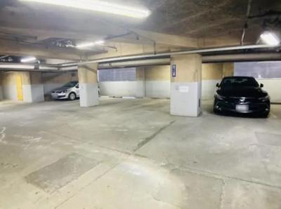 サングリア中目黒の駐車場です。