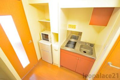 冷蔵庫、電子レンジ