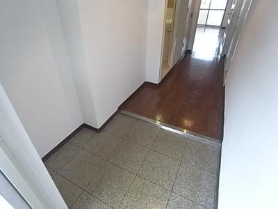 【玄関】プリムベール泉水