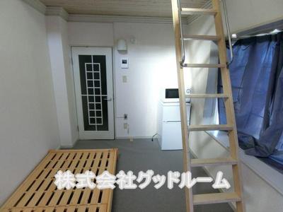 【寝室】レオパレス小比企