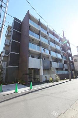 京浜急行線「雑色」駅より徒歩10分のマンションです