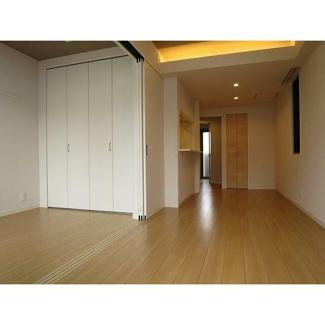 【居間・リビング】MARI'S Apartment