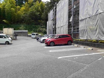【駐車場】山根マーヴェラスマンション