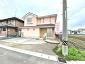 羽島市福寿町 中古住宅リフォーム済み!お車スペース並列3台可能!住宅ローン控除13年間受けられます♪の画像