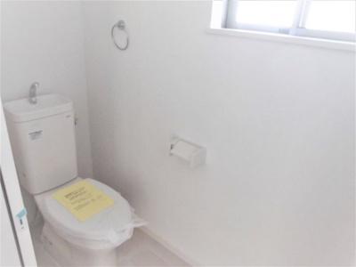 (1号棟同仕様写真)1Fと2Fにトイレがあります。