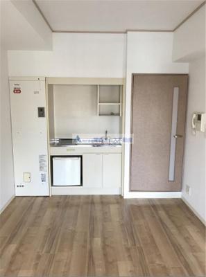 【居間・リビング】ドゥ・ミル・アン東大阪