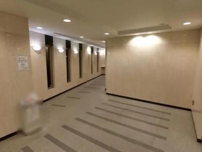 クレストフォルム板橋仲宿のロビーです。