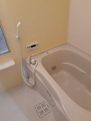 【浴室】ランドマーク・レーヴA