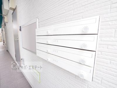 【エントランス】SECOND STAGE(セカンドステージ)