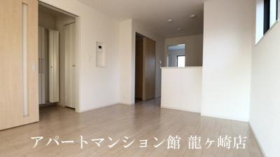 【居間・リビング】ヴィラ・エレガントα