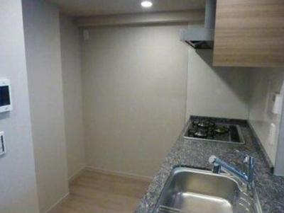 食器洗浄乾燥機・浄水器付のシステムキッチン