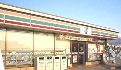 セブンイレブン御坂夏目原店まで2100m