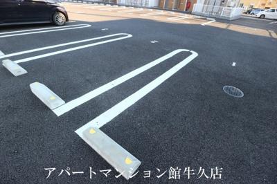 【駐車場】グランドノアール