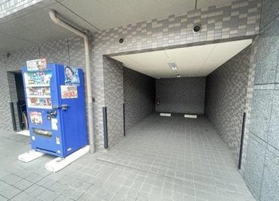 ルーブル阿佐ヶ谷北の駐車場です。