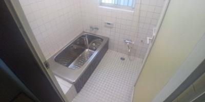 1坪サイズの浴室です。