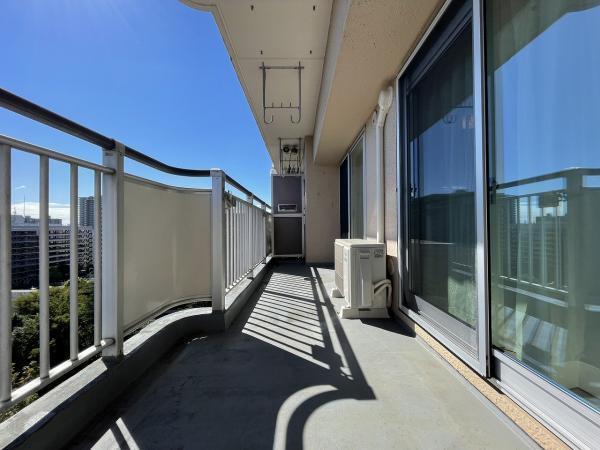 11階部分の眺望良好なバルコニー