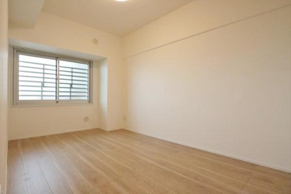 洋室約6.0帖 各居室収納ございます