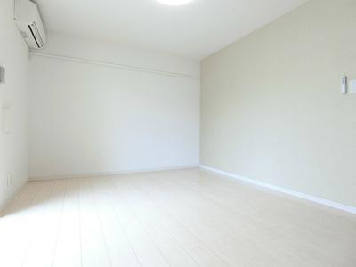 洋室7帖のお部屋です。