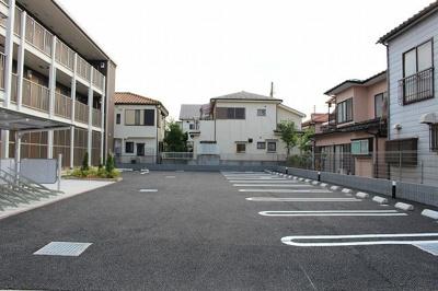 【駐車場】ルーモベルビ・ドゥ