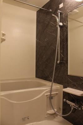 【浴室】ルーモベルビ・ドゥ