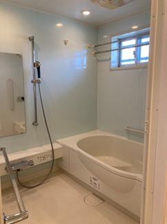 広いお風呂は1618タイプ 浴室乾燥機付き