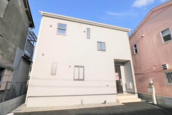 岸和田市吉井町3丁目の新築一戸建の画像