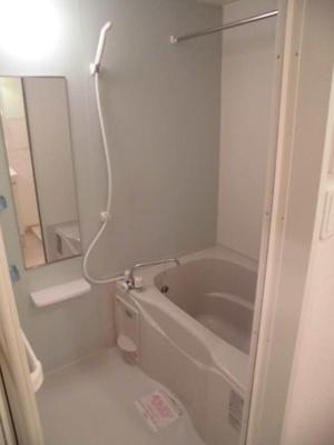 【浴室】アン・ジュネス