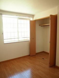 収納付きの洋室