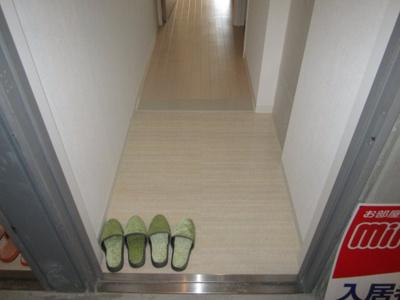 【玄関】TKアンバーコート宿院