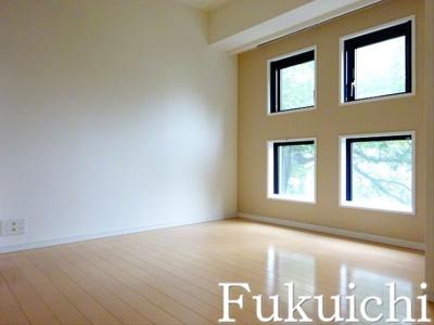 【寝室】レジディアタワー中目黒