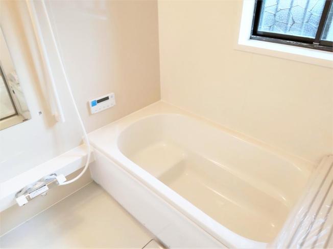 1坪タイプのゆったりとしたお風呂
