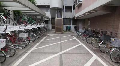 グランヴェルジェ蓮根の駐輪場です。