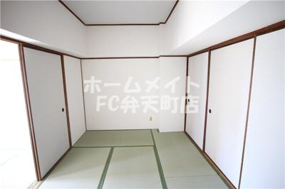 【居間・リビング】市岡グランドビル 新館