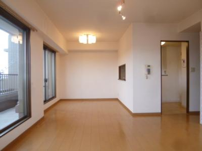 【居間・リビング】千種春岡パークハウス