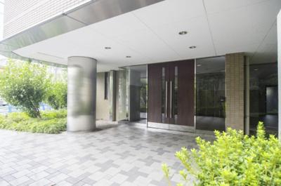 三井不動産(株)旧分譲で管理体制良好マンションです。オートロック付きでセキュリティも安心です。