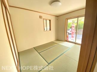 1階和室6帖です♪足を伸ばして寛げる居室です!お客様部屋として・小さなお子様の遊びスペースとして色々活躍してくれる素敵な居室です(^^)