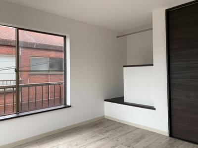 3階洋室。オープンクローゼットを完備(2021.9.25撮影)。