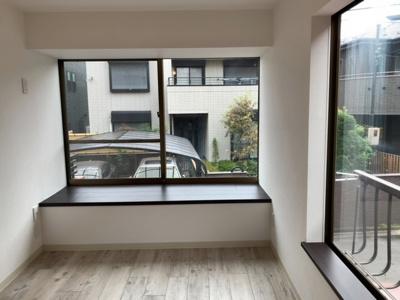 2階居室。カウンターを設けました(2021.9.25撮影)。