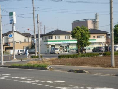 ファミリーマート熊谷拾六間店まで332m