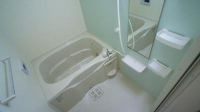 【浴室】キャッスル ウインB