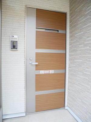 【玄関】グロリオサ