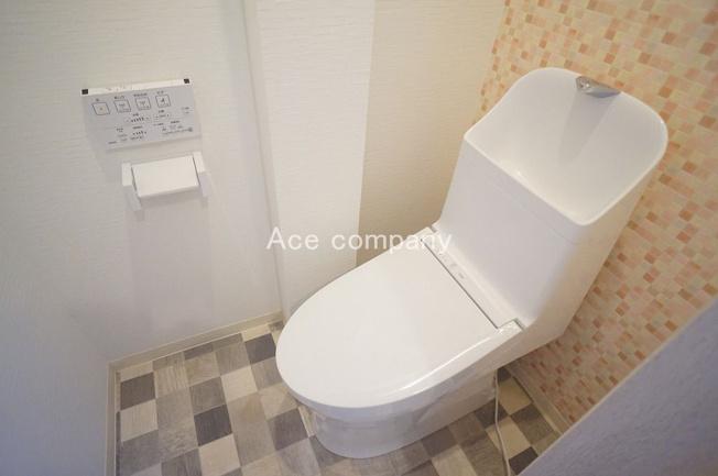 【1階:シャワートイレ☆】新調です☆
