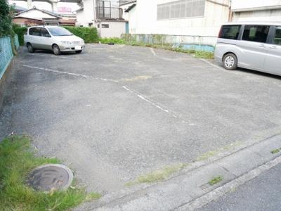 【駐車場】メゾン・ド・ラフィーネA
