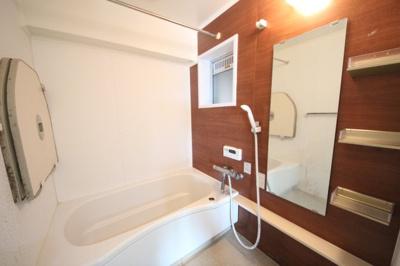 【浴室】ラヴェスト大津参番館