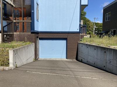 車庫・車庫前駐車可能(現地要確認)