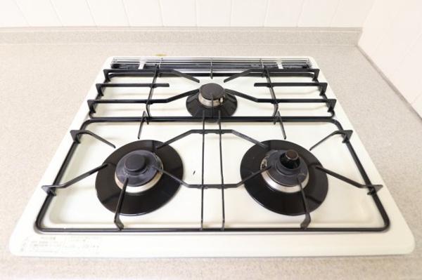 【キッチン】3口のガスコンロです!