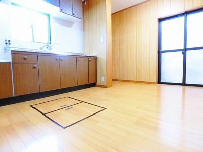 【居間・リビング】浜寺諏訪森町中1丁戸建